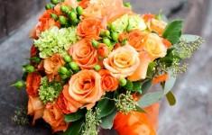 Bukiet w pomarańczowych odcieniach / źródło: s-media-cache-ak0.pinimg.com