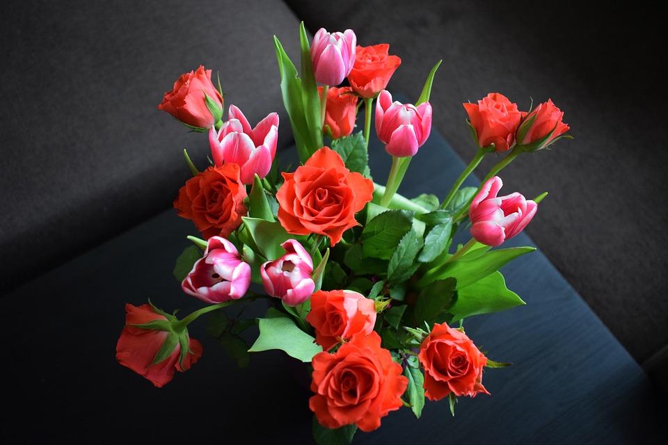 Kwiaty na iminieny