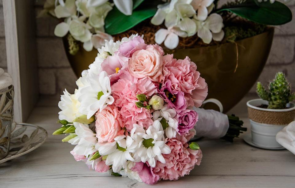 kwiaty na chrzest, źródło: pixabay.com