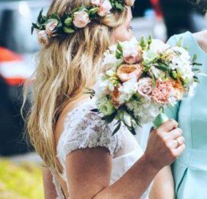 miętowy-bukiet-i-wianek-Pauli-kwiaty-ślubne