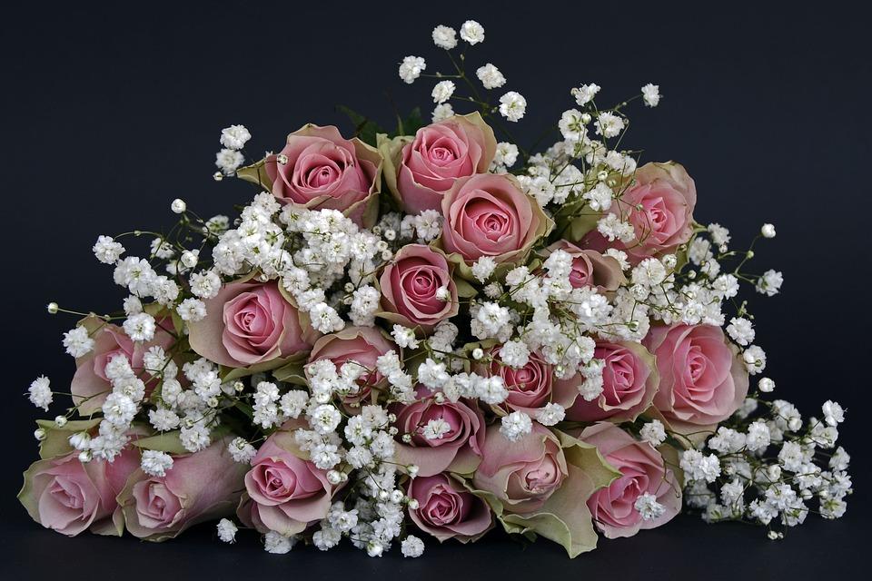 Kwiaty na specjalne okazje - źródło: pixabay.comKwiaty na specjalne okazje - źródło: pixabay.com